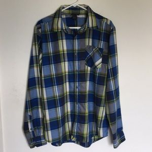 Marmot polyester button front shirt.